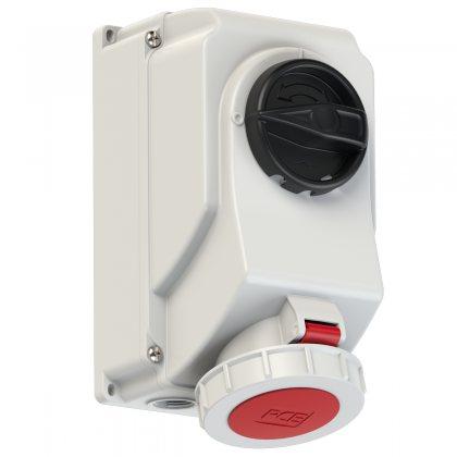 75252-6 PCE Розетка настенная 32А/400V/3P+N+E/IP67, с выключателем и блокировкой