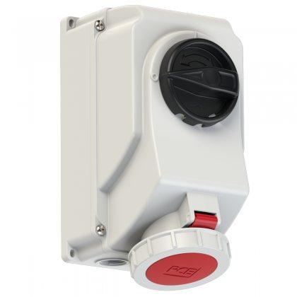 75242-3 PCE Розетка настенная с выключателем и блокировкой, контейнерная 32А/440V/3P+E/IP67/3h, никелированные контакты